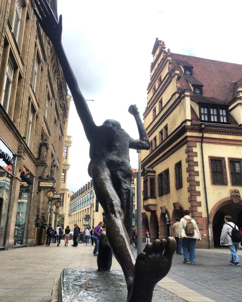 Jahrhundertschritt in Leipzig