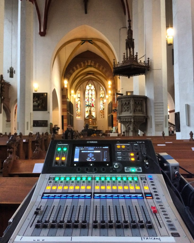 Modern beats in Thomaskirche Leipzig